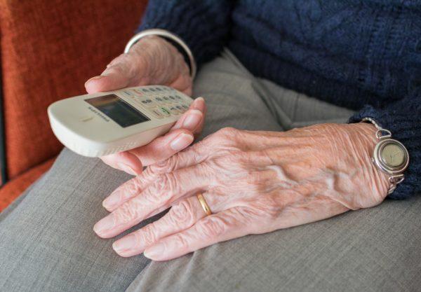 téléphone fixe senior